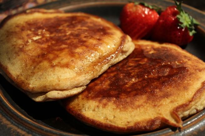 amaretti pancakes